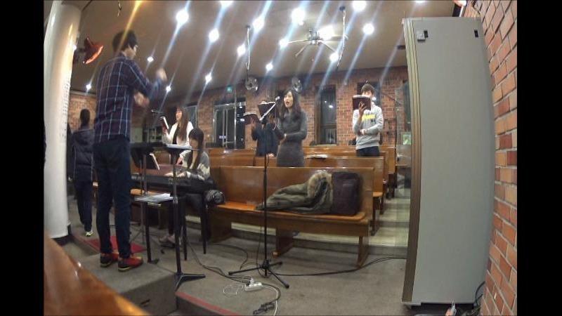 미사 중 성가 영상 찍기 with 소니 액션캠 AZ1 (사랑합니다 나의 예수님, 하늘의 태양은 못되더라도)