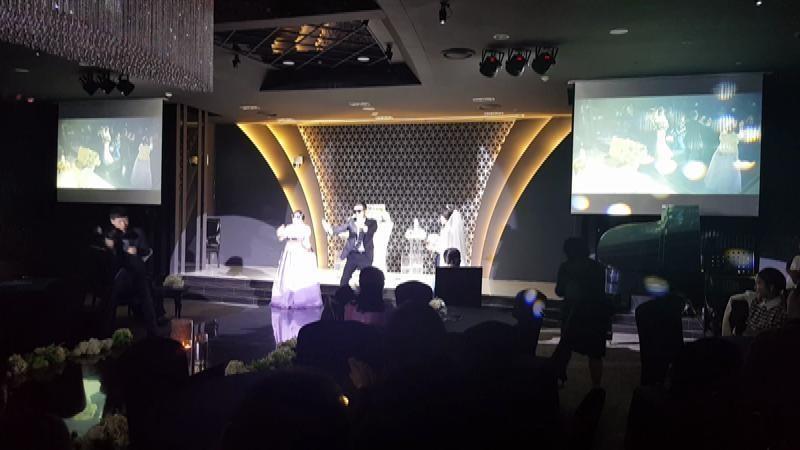 오빠 결혼식에 먼저 결혼한 여동생 부부가 보여준 퍼포먼스 ㅎㅎ@센텀씨티역